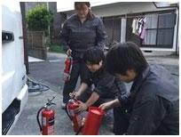 消防設備の点検中